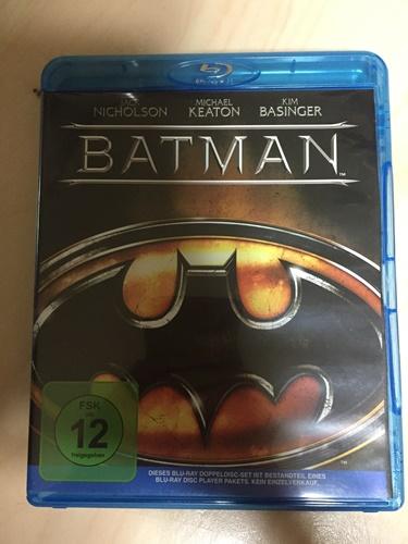 """독일 여행에서 사온 것 5, """"배트맨"""" 블루레이 입니다."""