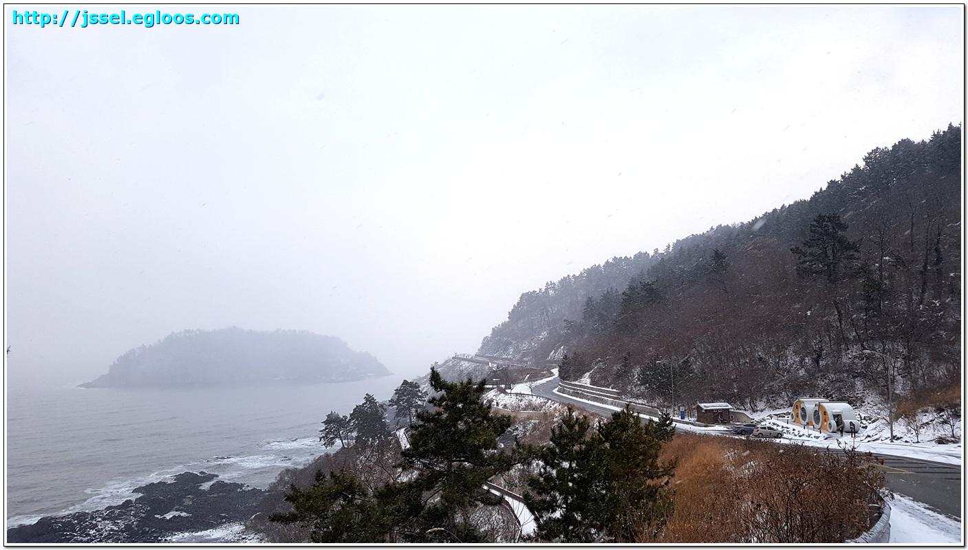 눈 오는 날의 영광 백수해안도로