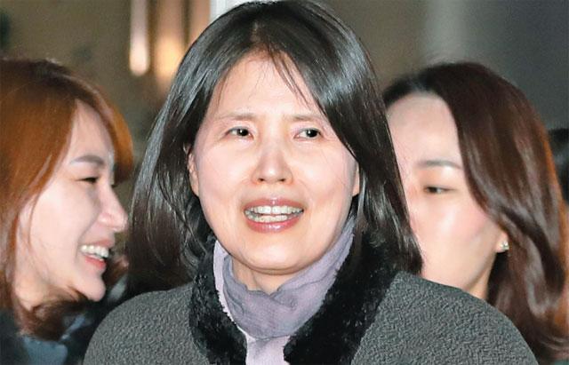 고은 성추행 허위 아니다, 최영미 승소