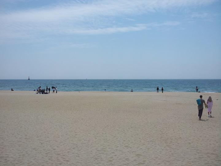 5월의 해운대해수욕장 바닷가 백사장